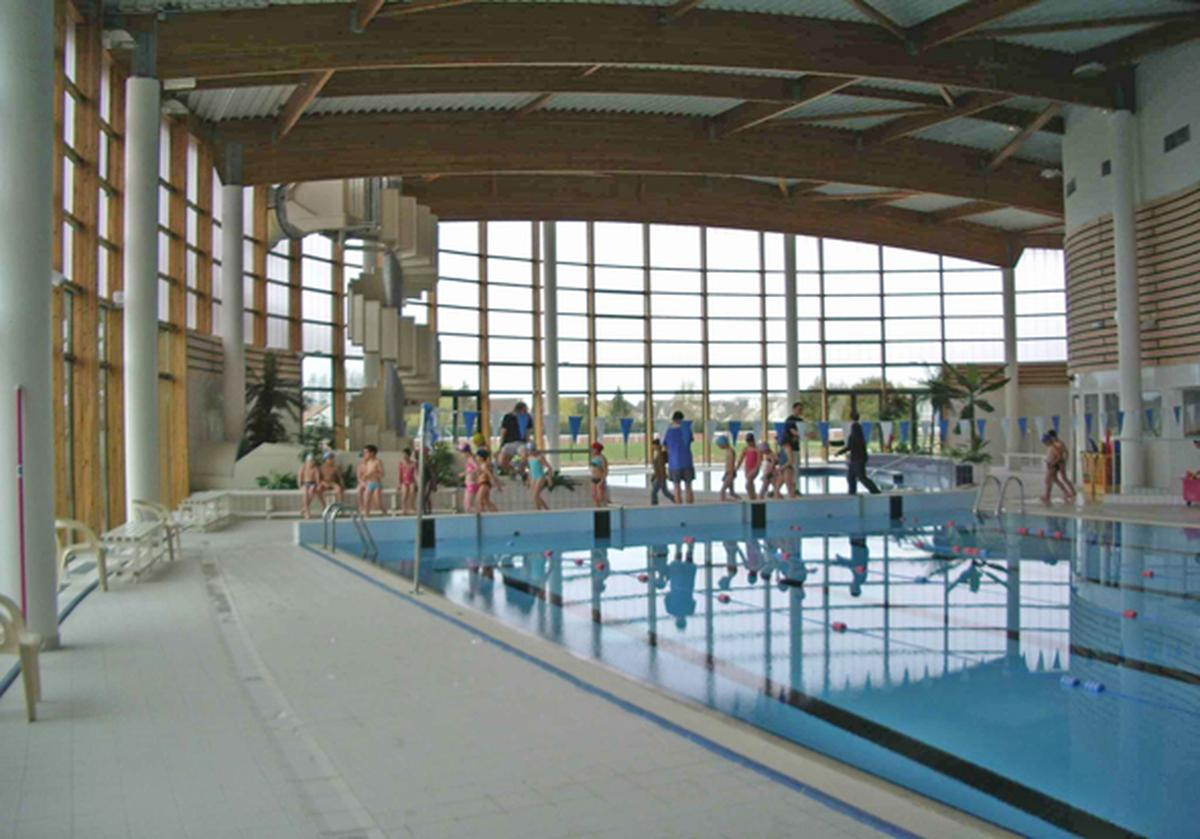 Piscine claye souilly programme neuf claye souilly with for Piscine de nangis
