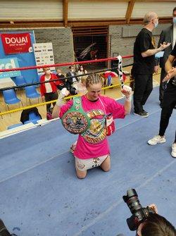 Ségolène Majestic LEFEBVRE championne du monde Silver / Resultats des combats du 28 mai à Douai