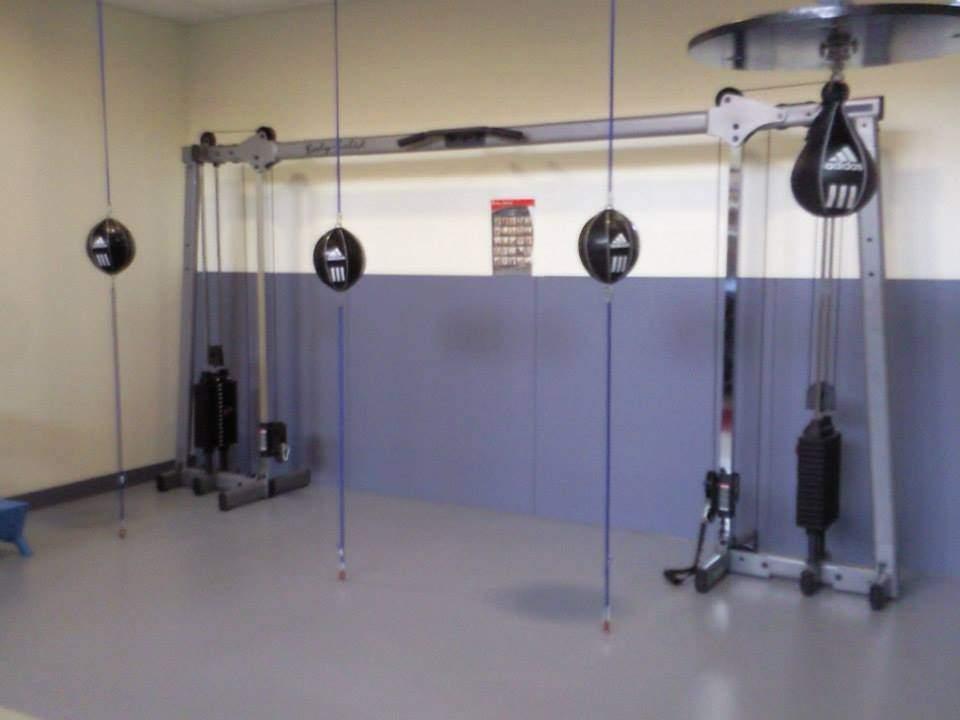 salle l 39 esquive club boxe esc boxing club colombes clubeo. Black Bedroom Furniture Sets. Home Design Ideas
